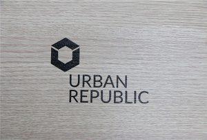 Štampanje logotipa na drvenim materijalima WER-D4880UV